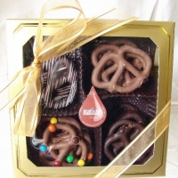Gourmet Chocolate Covered Pretzels Holiday Christmas Gift Boxed