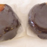 Chocolate Dipped Small Apricots
