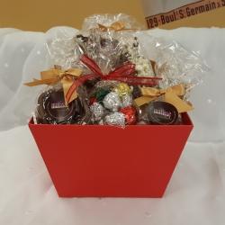 Christmas Gift Basket Medium