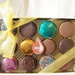 Gourmet Chocolate Covered Oreo Cookies Holiday Christmas Gift Boxed