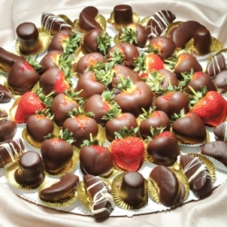 Gourmet Chocolate 18 Inch Fruit Platter