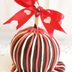 Gourmet Apple Valentines Mother's Day Theme
